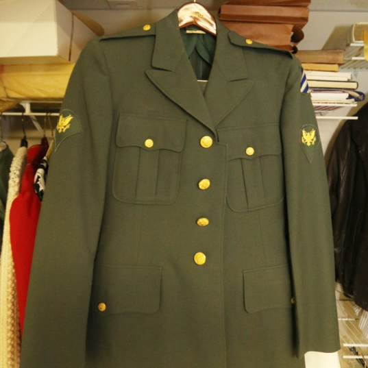 vintage army military uniform, st. louis auctions, MO auctions, IL auctions, credentialed auctioneer, father time auctions